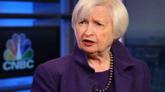 Thị trường trái phiếu có thể báo hiệu Fed cần giảm lãi suất chứ không phải suy thoái