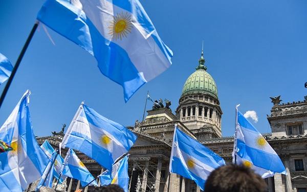 Vài trăm triệu USD từ Kuwait và Argentina có thể chuyển hướng vào chứng khoán Việt Nam