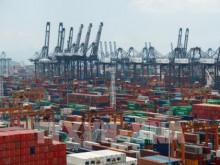 Kinh tế Trung Quốc tăng trưởng vượt dự báo