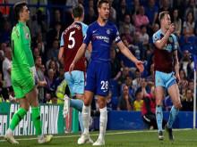 Cuộc đua Top 4 Ngoại hạng Anh: Chelsea tự bắn vào chân, MU và Arsenal còn cơ hội