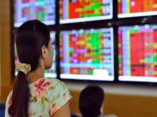 Dòng tiền sụt giảm mạnh, chứng khoán đang chịu áp lực giảm điểm