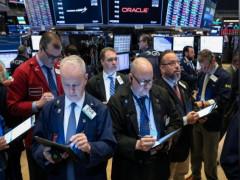 Fed để ngỏ khả năng tăng lãi suất vào cuối năm, chứng khoán châu Á giảm