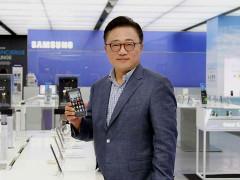 Chuyện chiếc quần jeans và chiến lược mới của Samsung