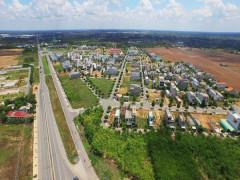 Thị trường BĐS TP Hồ Chí Minh: Nguồn cung căn hộ giảm mạnh, đất nền vùng ven lên ngôi