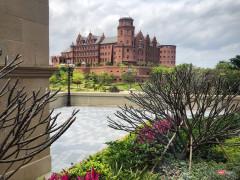 Thăm khu phức hợp Huawei tại Trung Quốc - lâu đài châu Âu giữa lòng châu Á