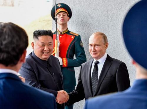 """Thượng đỉnh Nga - Triều: Hai bên đã """"nâng ly cạn chén"""""""