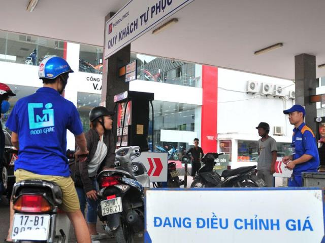 """Kinh tế Việt Nam với """"ẩn số giá dầu"""""""