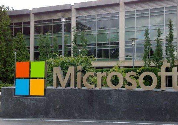 """""""Choáng"""" với mức doanh thu của đại gia công nghệ Microsoft"""