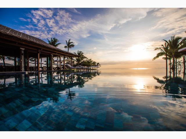 Top bể bơi vô cực đẹp nhất châu Á
