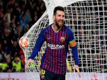 Barca 3-0 Liverpool: Messi cán mốc 600 bàn thắng, sánh ngang Ronaldo