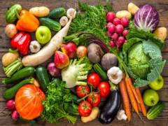 Một vài cách ăn rau xanh và quả chín có lợi