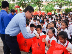 Tân Hiệp Phát mang niềm vui đến hàng trăm trẻ em nhân Ngày Quốc tế thiếu nhi năm 2019