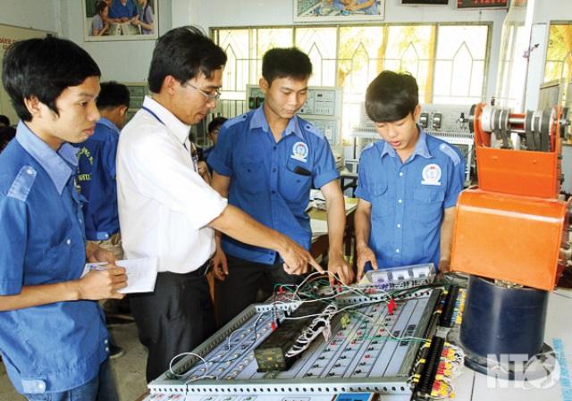 Hỗ trợ phát triển nguồn nhân lực cho doanh nghiệp nhỏ và vừa