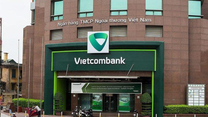 Luật sư Vũ Văn Mộc: Vietcombank không có cơ sở yêu cầu khách hàng trả lại thẻ tiết kiệm