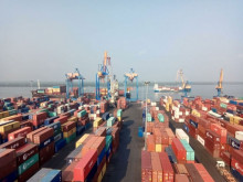 Kim ngạch xuất nhập khẩu hàng hóa sáu tháng đạt kỷ lục
