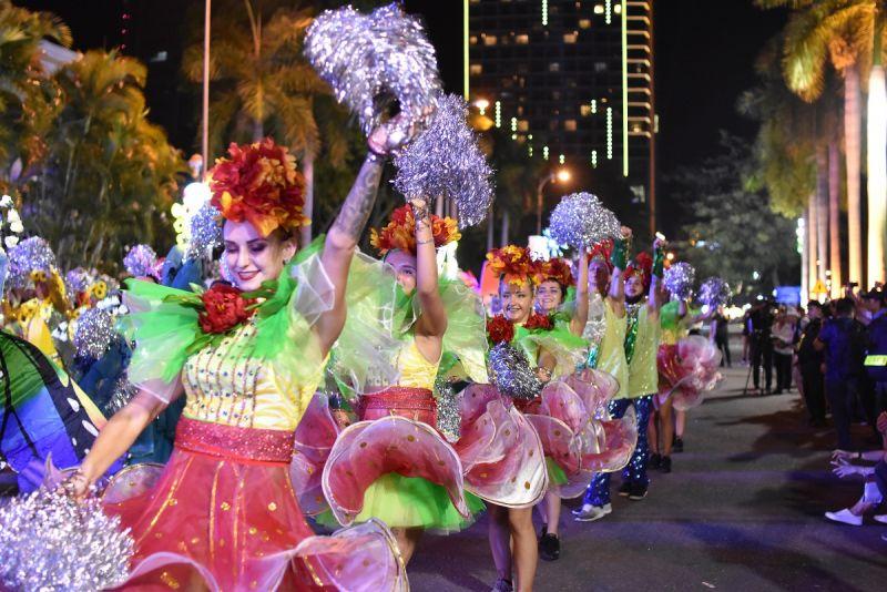 Khán giả mê mẩn với Lễ hội Carnival đường phố DIFF 2019