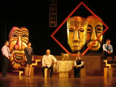 """Sân khấu truyền thống trong nỗi lo """"tự chủ tài chính"""""""