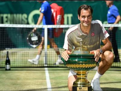 Federer giành chức vô địch thứ 10 tại Halle Open