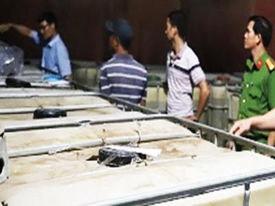 Nhiều doanh nghiệp ở Sài Gòn tham gia đường dây xăng giả của Trịnh Sướng