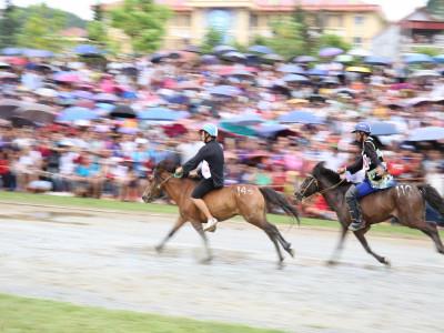 Thêm một giải đua ngựa độc đáo trên miền cao Tây Bắc