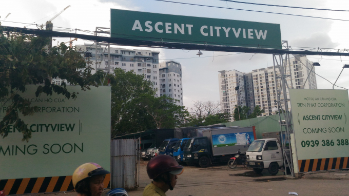"""Bất thường dự án 1C Tôn Thất Thuyết (Q4): """"Ngâm"""" đất """"vàng"""" tái định cư để kinh doanh bãi xe?"""