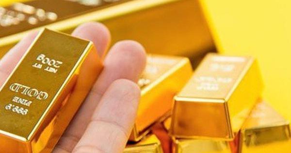Thị trường ngày 4/6: Giá vàng tăng vọt lên cao nhất 3 tháng, sắt thép sụt giảm mạnh