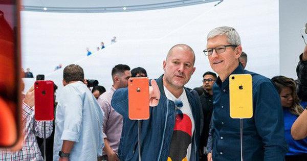 """""""Cha đẻ"""" thiết kế iPhone, huyền thoại Apple - Jony Ive rời công ty sau 30 năm cống hiến"""