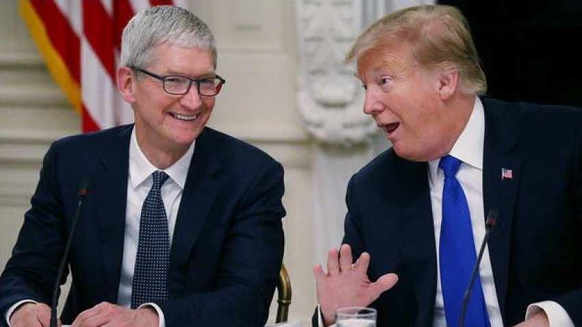 Tổng thống Trump gặp gỡ CEO Apple Tim Cook: tìm lối thoát cho iPhone?