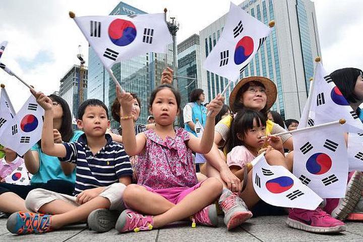 'Hàn Quốc không màu hồng như phim ảnh'