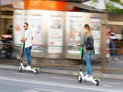 Startup Thụy Điển kiếm tiền từ xe scooter điện