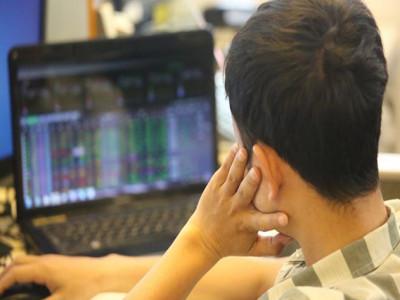 Nghịch lý cổ phiếu tốt nhưng dòng tiền thờ ơ