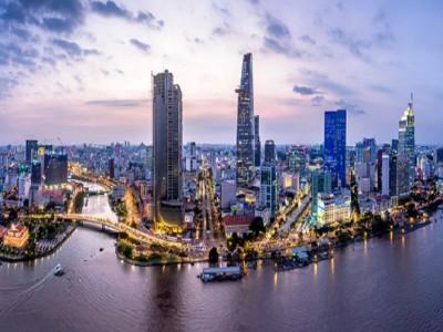 Nhờ đâu Việt Nam thăng hạng vào Top 10 nơi làm việc và sinh sống tốt nhất dành cho chuyên gia