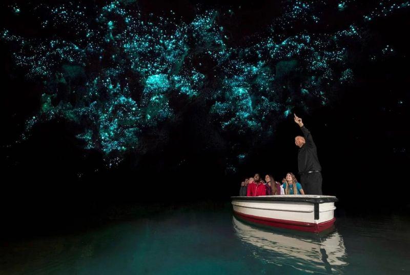 Hang phát sáng như xứ sở thần tiên ở New Zealand