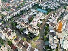 Jakarta đất chật, 'xây làng' trên nóc trung tâm mua sắm