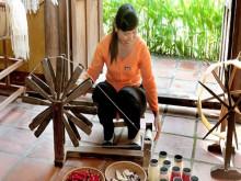 Tôn vinh lụa, thổ cẩm truyền thống Việt Nam