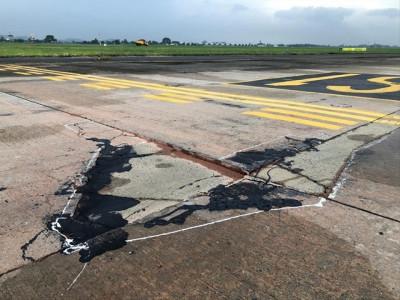 Hai sân bay lớn nhất Việt Nam nguy cơ phải đóng cửa