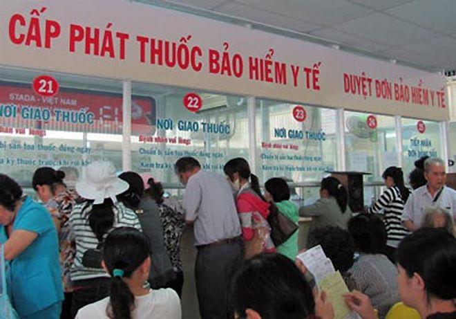 Tăng giá gần 2.000 dịch vụ y tế: Ai được hưởng lợi?