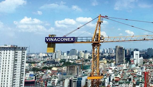 """Vinaconex sau nửa năm """"thay áo"""""""