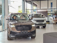 Ô tô nhập từ Trung Quốc giảm mạnh, Bộ Công Thương giải thích ra sao?