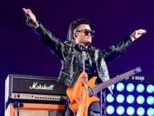 Jack Ma khóc nức nở bên tiếng nhạc rock ngày chia tay Alibaba