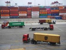 Trung Quốc cúi đầu trước Mỹ vì kinh tế trong nước lao đao?