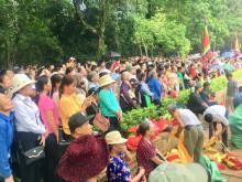 Hàng vạn du khách thập phương về dự Lễ hội Lam Kinh