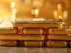 Thông điệp cứng rắn của Fed khiến nhà đầu tư bán mạnh vàng