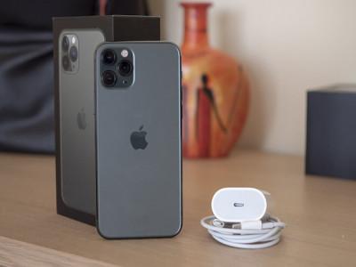 Sạc nhanh trên iPhone 11 Pro ra sao so với các đối thủ?