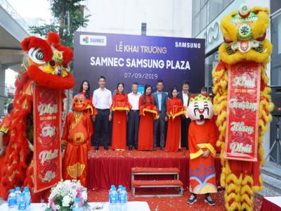 Đến Samsung Plaza Cầu Giấy trải nghiệm đầy đủ các dòng sản phẩm mới và cao cấp nhất của Samsung