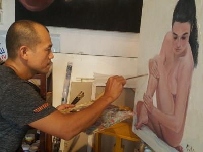 """""""Toát mồ hôi"""" khi nghe họa sĩ kể những bí mật trong phòng vẽ tranh cùng mẫu nude"""