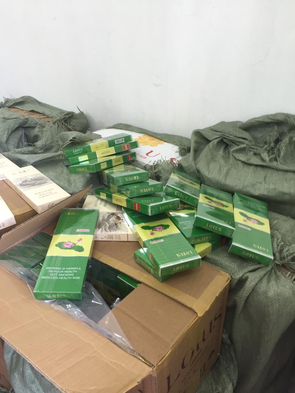 Quảng Ninh: Phát hiện thu giữ hàng chục nghìn bao thuốc lá lậu