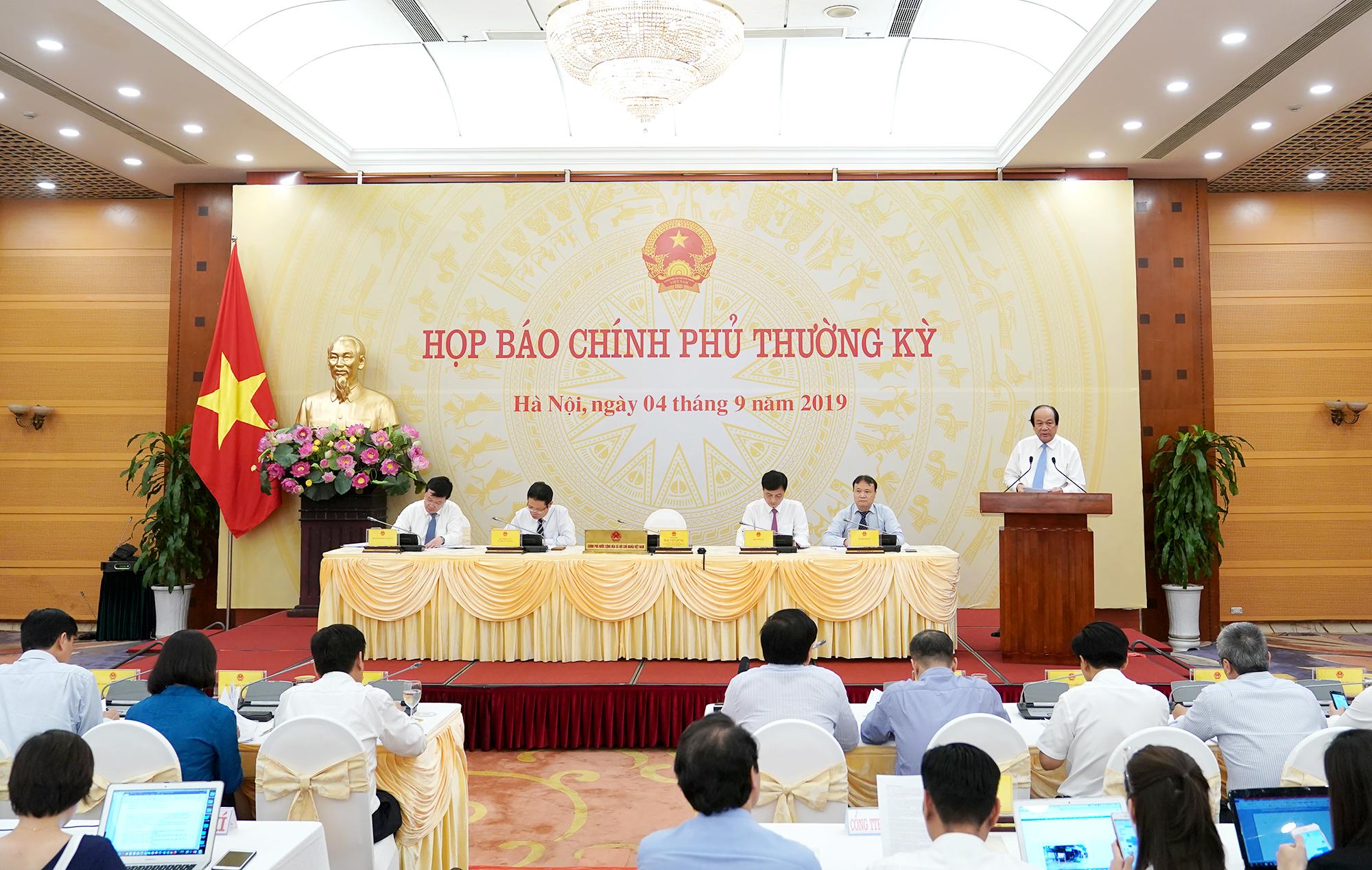 Thủ tướng Chính phủ yêu cầu 'chỉ bàn tiến, không bàn lùi'