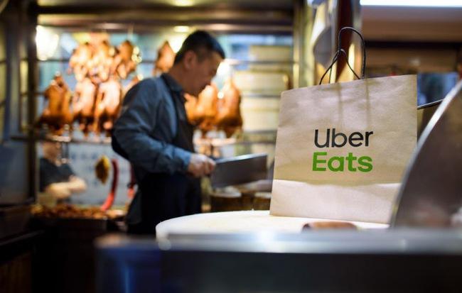 """Sự trỗi dậy của """"nhà hàng ma"""" từ Âu đến Á: Không bàn ghế, không phục vụ..."""