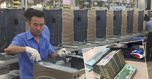 Tiền Việt tăng giá hiếm thấy: Kẻ cười, người khóc
